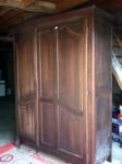 vieille armoire, ile et vilaine mobilier, ambiance bois et patines